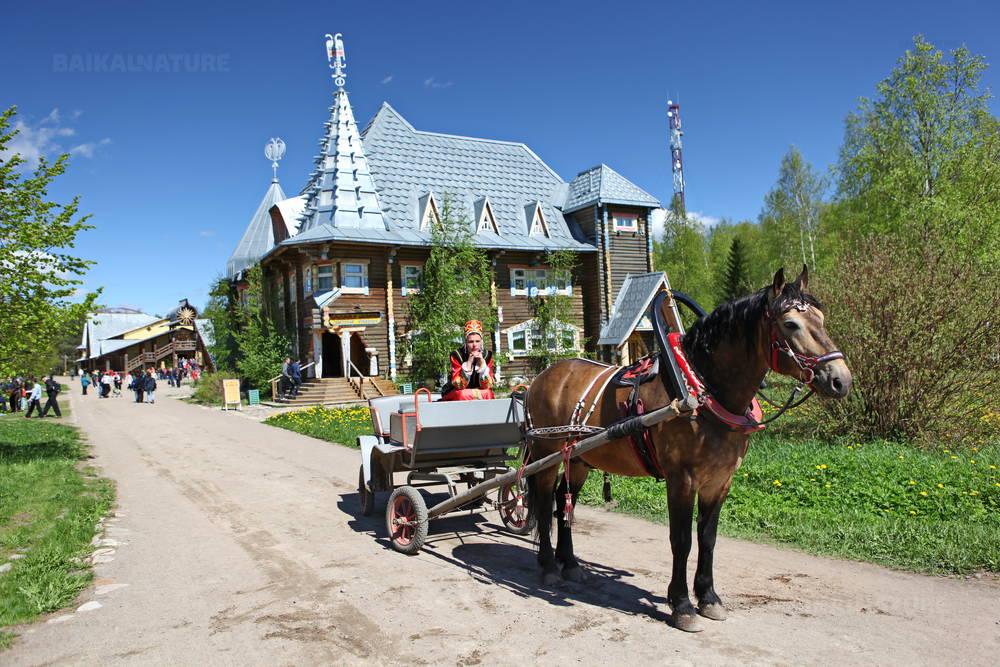 Village de Verkhnie Mandrogi